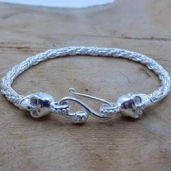 Bracelet snake Tête de mort clair.