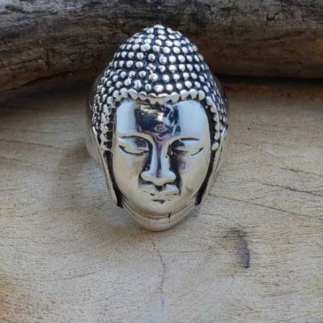 Bague Tête de Bouddha .