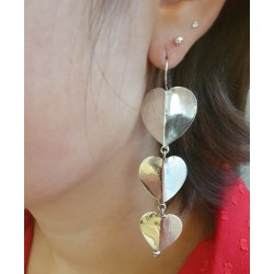 Boucles d'oreille cercle de fleur en argent 925 .